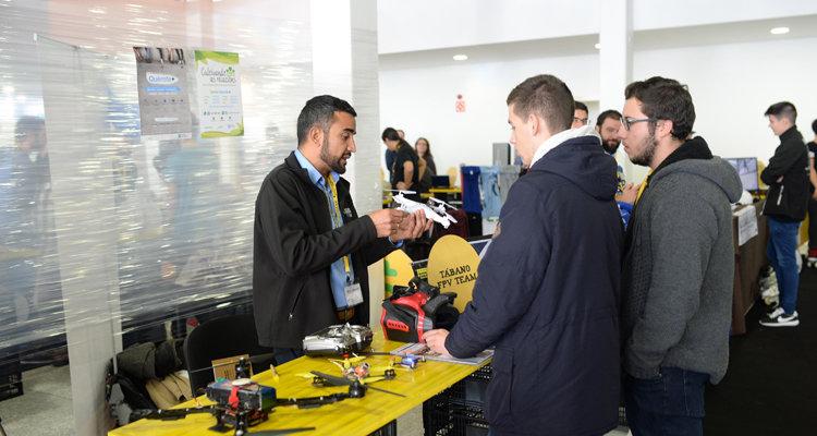 Medio millar de jóvenes emprendedores se reúnen para intercambiar experiencias